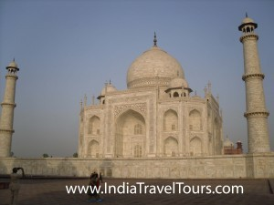 taj-mahal-agra-india-300x225